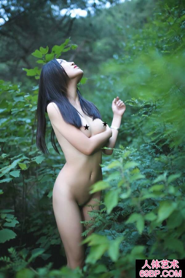 妖艳艳丽的女神全身全裸火爆人体摄影