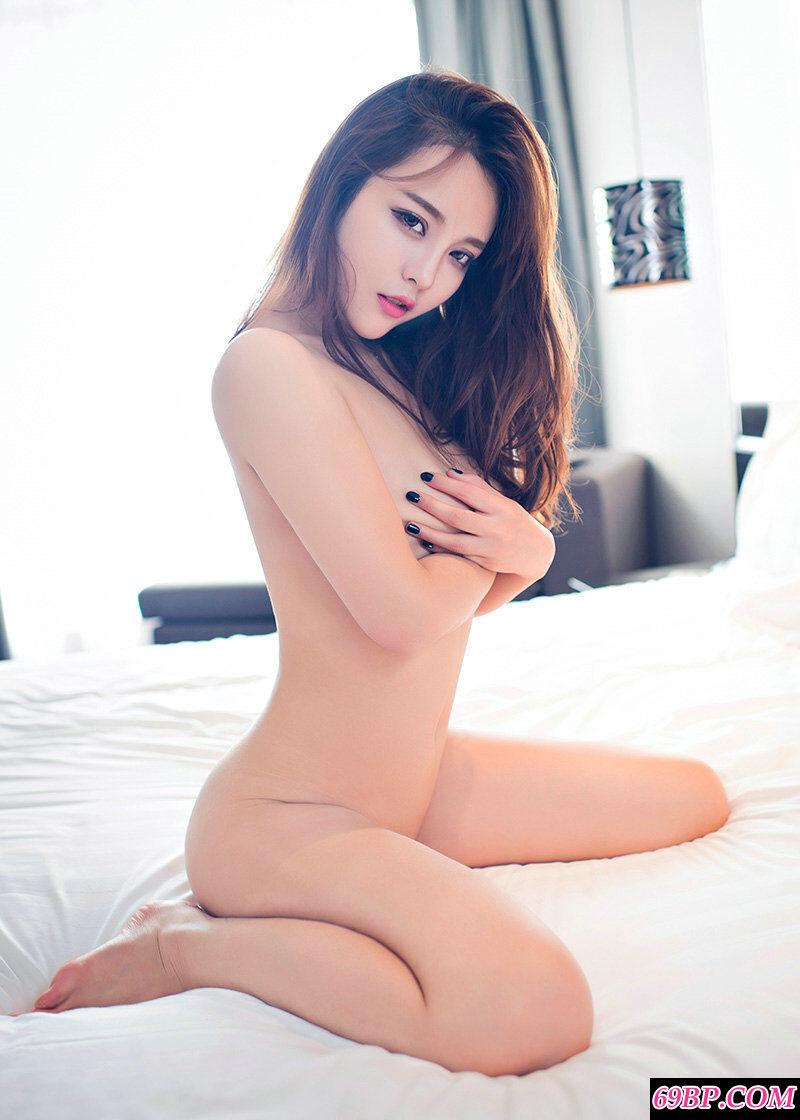 狐媚女王珍妮花室拍妖娆内裤艺术照
