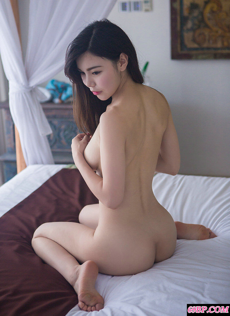 精品嫩妹沈佳熹全裸人体图片